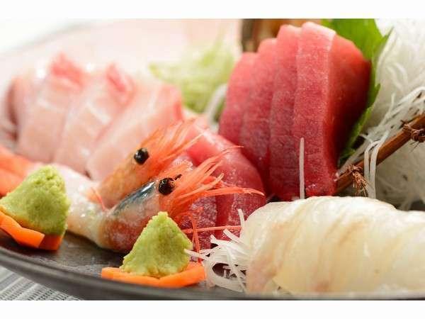 地場産にこだわった新鮮な魚介類をお楽しみくださいませ。