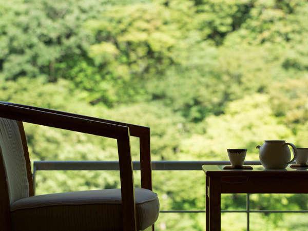 ◇期間・室数限定 直前割◇渓流側客室へ無料アップグレードプランで過ごす 夏の里山滞在