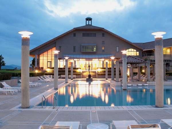 ホテルアナガの外観