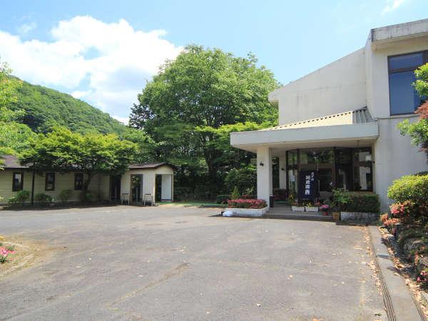 ホテル河鹿園