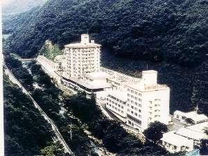 みどり深い山に囲まれた塩江温泉郷
