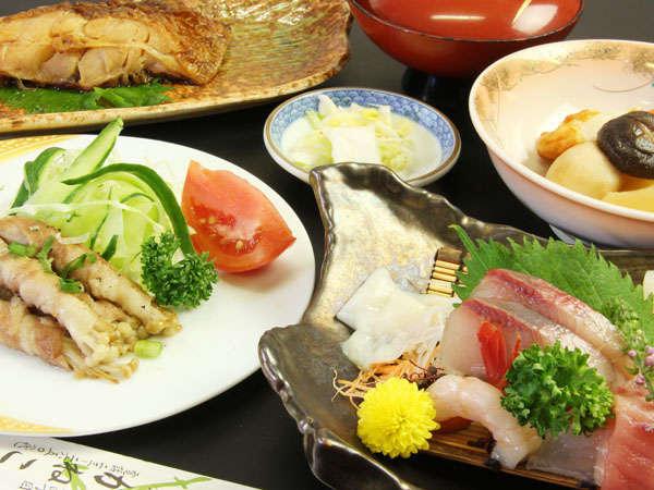 新鮮な海の幸や親しみのある家庭料理をご用意してお待ちいたしております♪