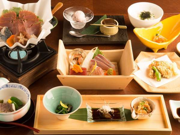 【DINNER & STAY|日本料理玄海】四季を感じる和食のおもてなし(2食付)