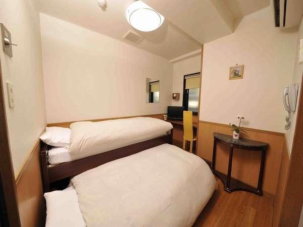 【無料無線LAN】洋室エコノミーツイン スティプラン 1階 ロビーフロア(引き出し式のベッド)