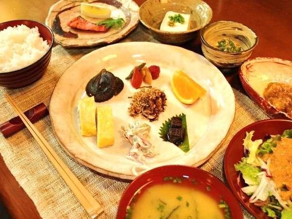【1泊1食】レイトチェックインOKの朝食付きプラン