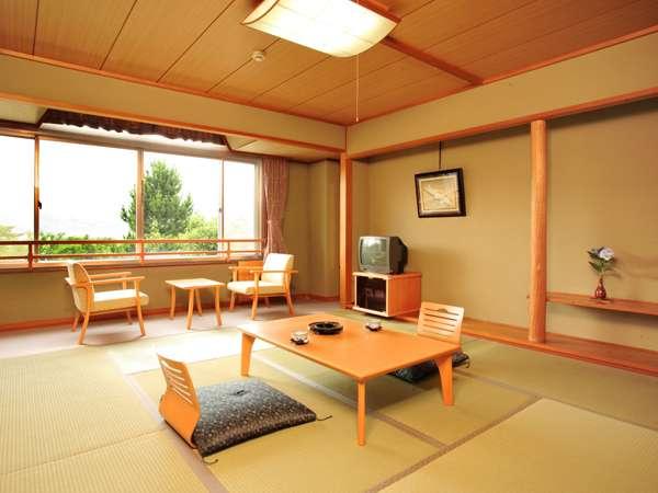 【一般客室】緑を眺めるスッキリとした和室
