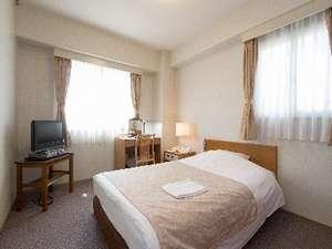 エコノミーシングルルーム(18平米・ベッド幅120cm)全室有線LAN対応