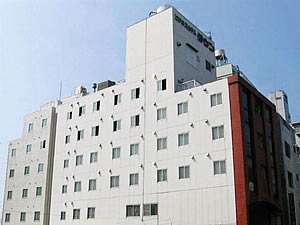 ホテルタウン錦川の外観