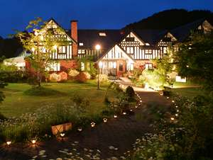 軽井沢の南 森の中に佇む北欧風のホテル・ジェネラス軽井沢