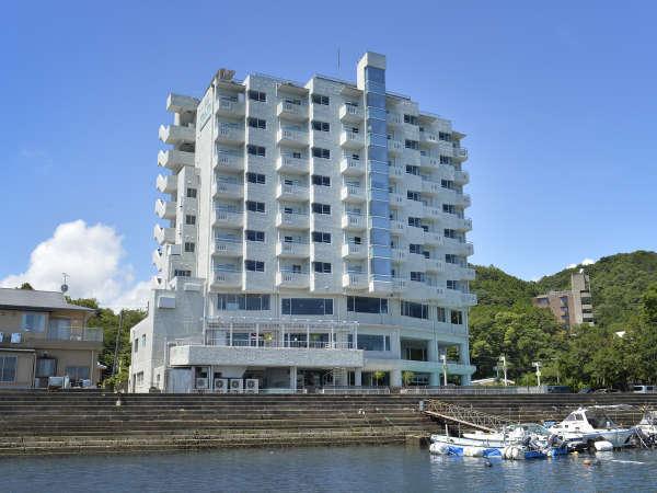 Toba Wanwan Paradise Hotel