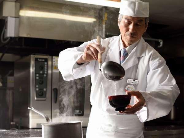 【特選】調理長おまかせの贅沢プラン♪あなたのために旬な食材を目の前で!【オープンキッチン飛泉確約】