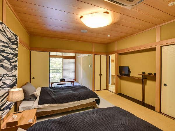 *展望風呂付客室。和洋室タイプのお部屋