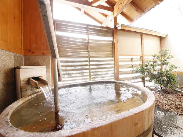 【貸切風呂】桶風呂