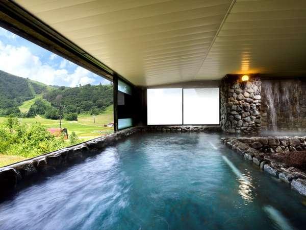【奥白馬温泉】展望岩風呂、寝湯、ジャグジー、 ミストサウナやドライサウナ、檜湯など。