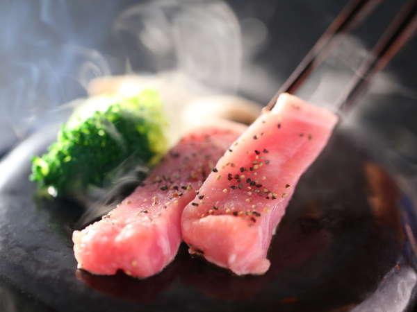 ≪信州ポークの石焼≫お料理少なめ☆ジューシーであっさり脂のやわらかな信州ポークを石焼で!