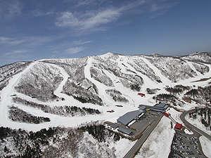 夏油高原スキー場スキーヤーズベット 兎森の湯の外観