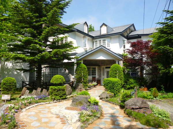 北軽井沢プチホテル エトワール・アベニューの外観