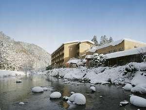 豊沢川から見た、志だて冬の全景