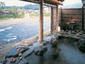 山形の紅葉スポット近くの温泉宿・紅葉露天のある宿県 わらべ唄の宿 湯の原