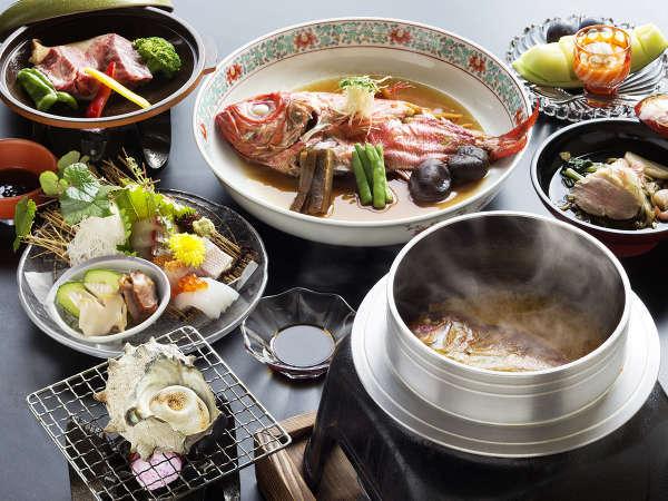 """【基本会席-お部屋食】""""金目鯛の煮つけ""""をはじめとする""""獲れたて海鮮""""を活かした会席料理"""