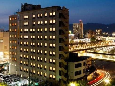 サンパークホテル内藤の外観
