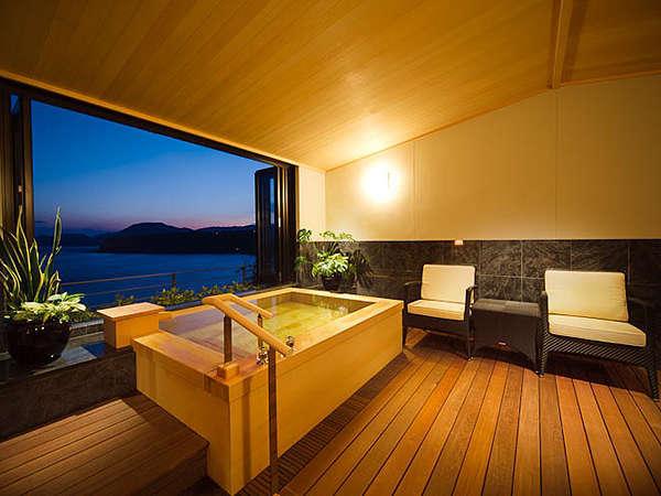 最上階客室露天風呂からの眺めは格別 写真提供:じゃらんnet