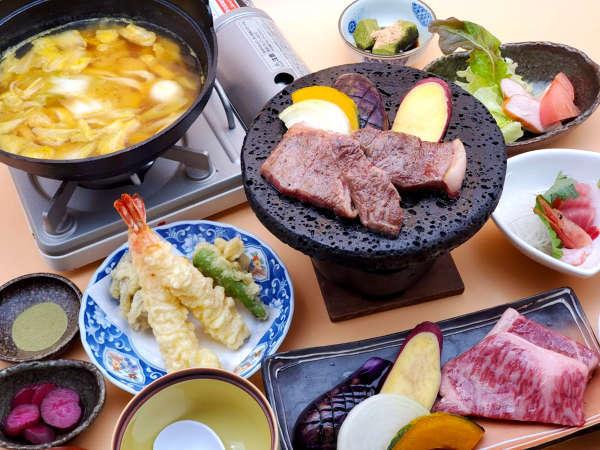 肉の旨味が引き立つ和牛の溶岩焼きの他、山梨の郷土料理をお愉しみください。
