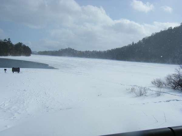 湯の湖【冬】