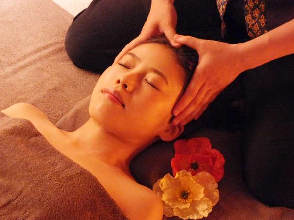 【Stay Refreshed】自分へのご褒美♪Oriental Thai&Head or Footマッサージ付☆至福の癒し旅(朝食付)