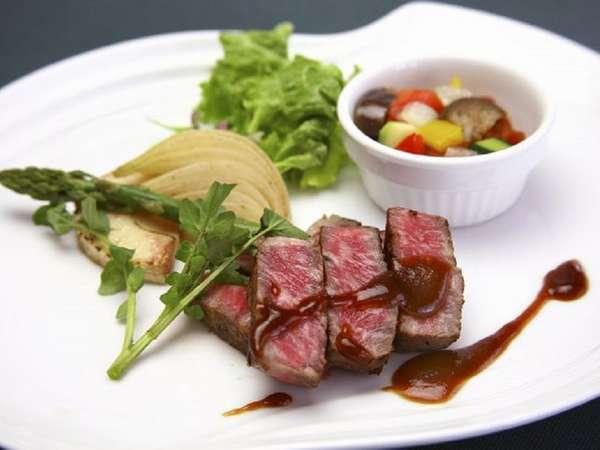 【料理重視】メインのお肉をグレードアップ♪当館最上級《MINAKAMI》プラン 1泊2食¥15350~