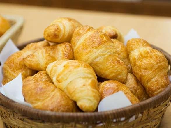 【朝食無料サービス】1日の始まりは朝から!朝食付きプランで元気にご出発♪