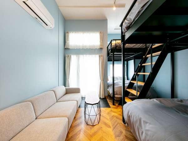 501号室 Helsinki Scandinavian Modern水色を基調としたポップでかわいらしいお部屋です。