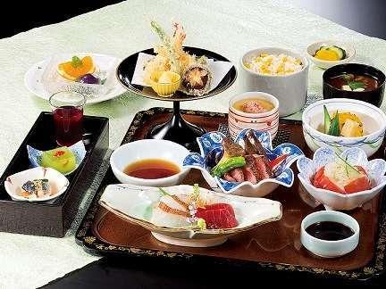 【ご宿泊者様限定】 日本料理「みやま」ご宿泊者限定ディナー付プラン(夕・朝食付)