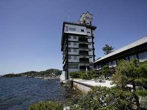 天望の町・波止場の町から雄大な日本海を望む