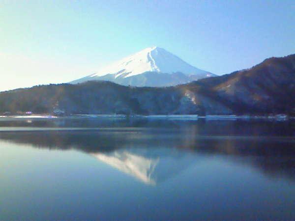 日本人なら一度は見に行きましょう!絶景☆彡逆さ富士