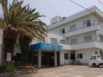 旅館 黒島の外観