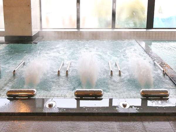 ≪素泊まり≫温泉施設が併設!13種類の湯船が楽しめる「大家族の湯」入浴無料♪