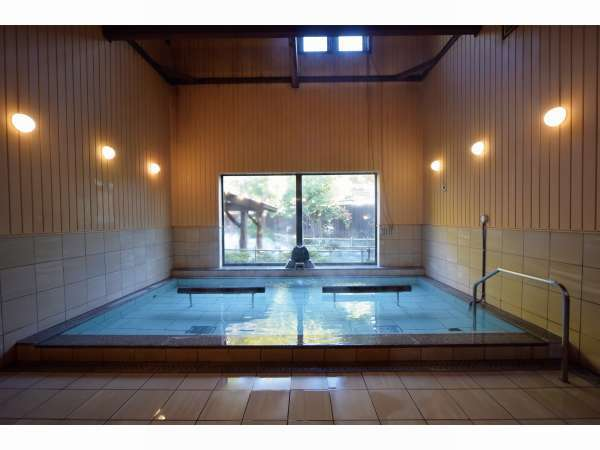 花和楽の湯「内風呂」
