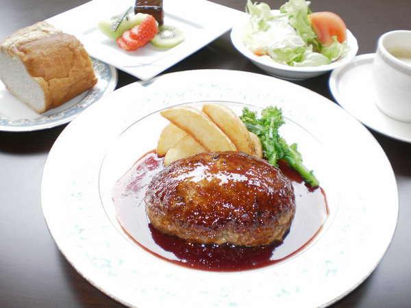 【1泊2食付き】和・洋 5種類から選べるご夕食