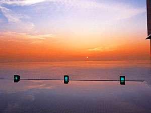 【天宮の雫】海・空・湯に溶け込むように浸かる露天風呂。日の出は一見の価値あり!