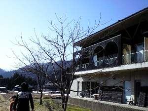 手作りのお米&野菜に池田高原牛の宿 ファームハウス コムニタの外観