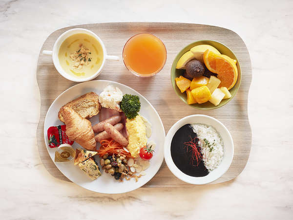 朝食盛付一例(洋食)