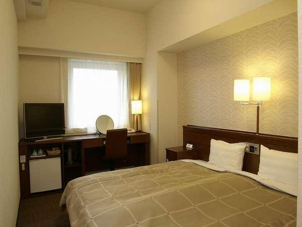 ベッド幅は160cm全室角部屋です