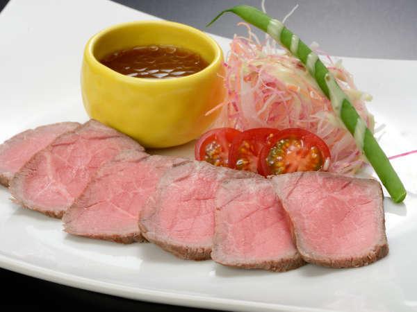 【追加料理】「花巻黒ぶだう牛」のローストビーフ(1人前) 1,620円(数量限定にて当日受付)