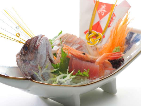 料理帳特製「祝膳」をご用意、ご家族揃って還暦・古稀のお祝いをどうぞ。