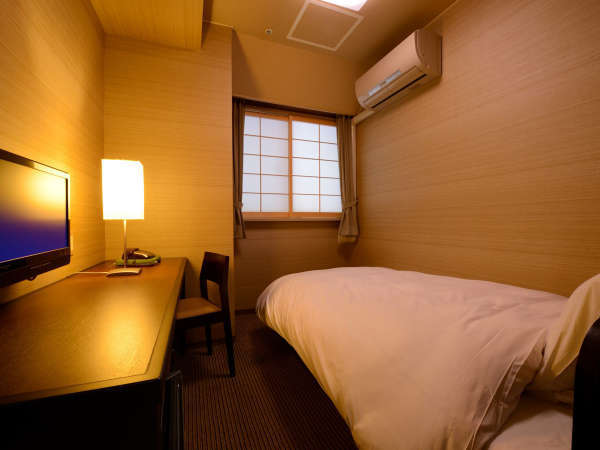 シングルルーム(禁煙) ※景色は楽しめませんが、リーズナブルにご利用いただけるお部屋です。