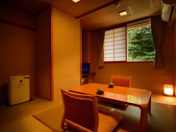 客室「月かんむり4.5帖」※景色は楽しめませんが、リーズナブルにご利用いただけるお部屋です。