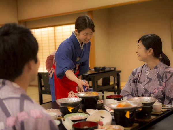 【和膳スタイル・レストラン会場例】※イステーブルでのご夕食のご用意となります