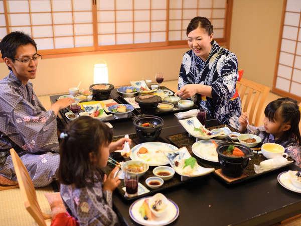 お部屋食一例 ※家族水入らずで周囲を気にせず、ご夕食をお楽しみください,