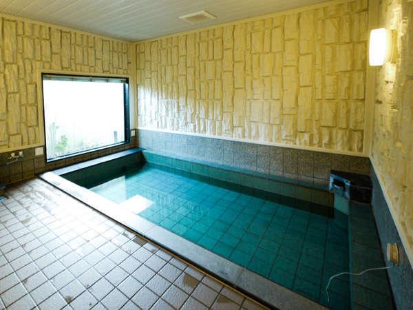 男性大浴場(活性石人工温泉)♪女性大浴場はロック付です。